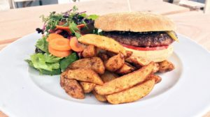 Burger und mehr bei Lunch and Dinner in Erfurt