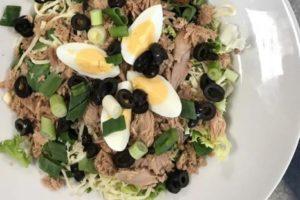 leckerer Salat bei WORLD OF PIZZA Potsdam